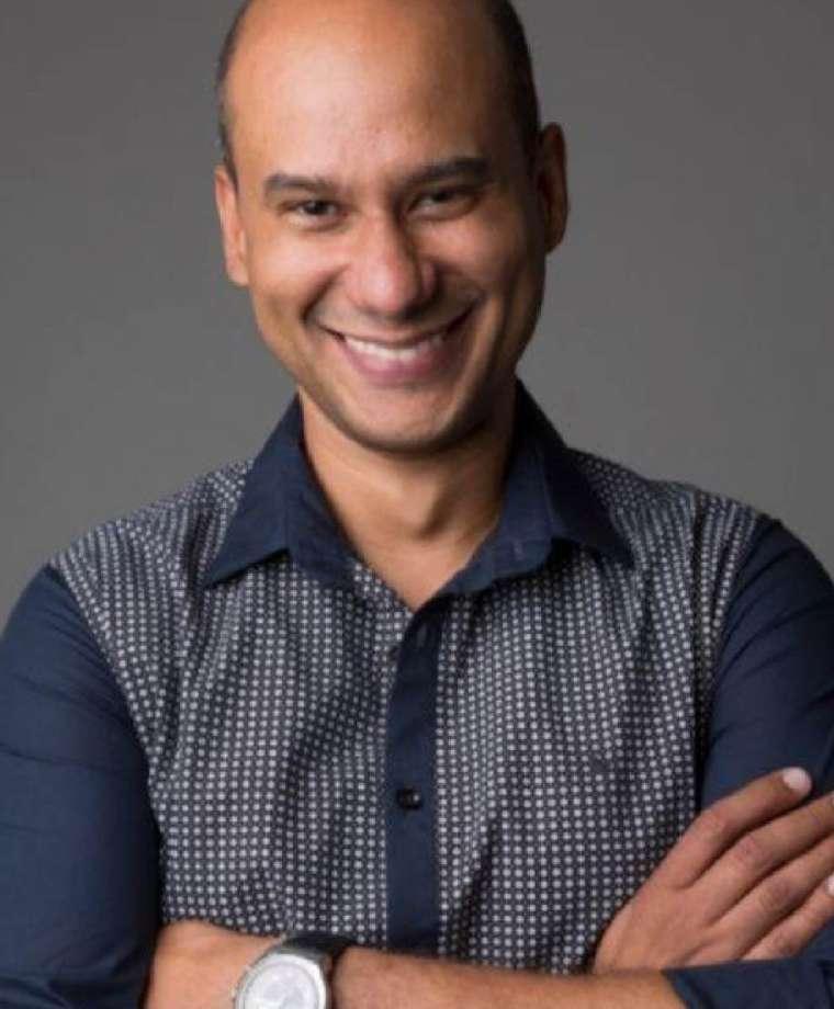 Prof. Dr. Adriano Sampaio (UFBA)